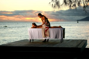 Tahiti-Sunset-Massage-Manava-Suite-Resort-Surf-Travel-2